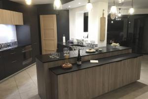 Nouvelle cuisine réalisée par LARO aménagement d'intérieur